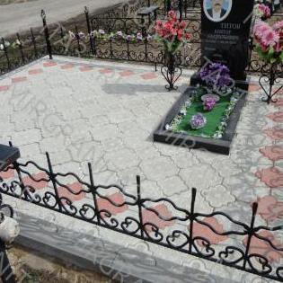 укладка тротуарной плитки на кладбище в белгороде