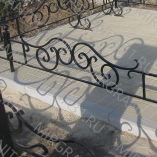 плитка жбк серая на кладбище укладка компании мир гранита 31