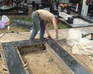 Установка памятников в белгороде в компании мир гранита 31